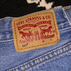 Levi's 501 Short SZ 24